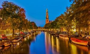 Amsterdam-visit-beautiful-city