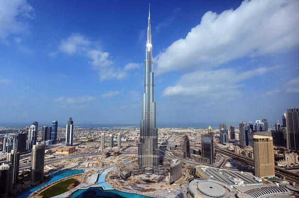 Burj Khalifa: Dubai, United Arab Emirates
