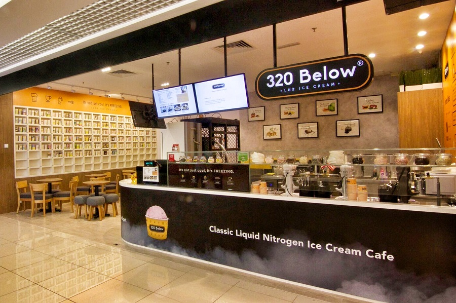 ice-cream cafe - 320 below