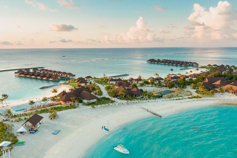 halaveli island - a hoilday destination in Maldives